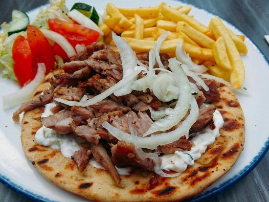 pita-gyros-with-friet