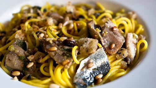 -pasta-con-le-sarde small