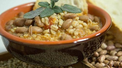 zuppa-di-fagioli e orzo small